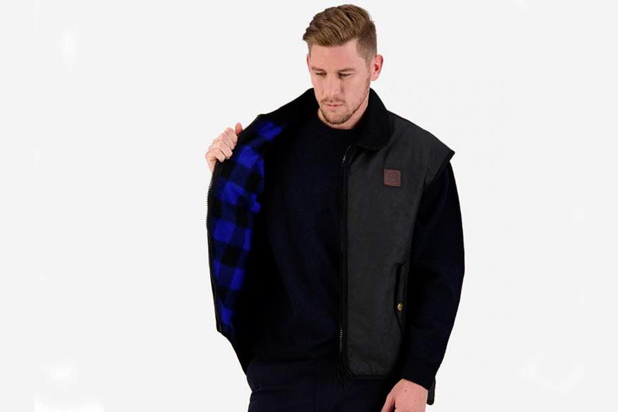 swanndri-foxton-black-oilskin-vest-2